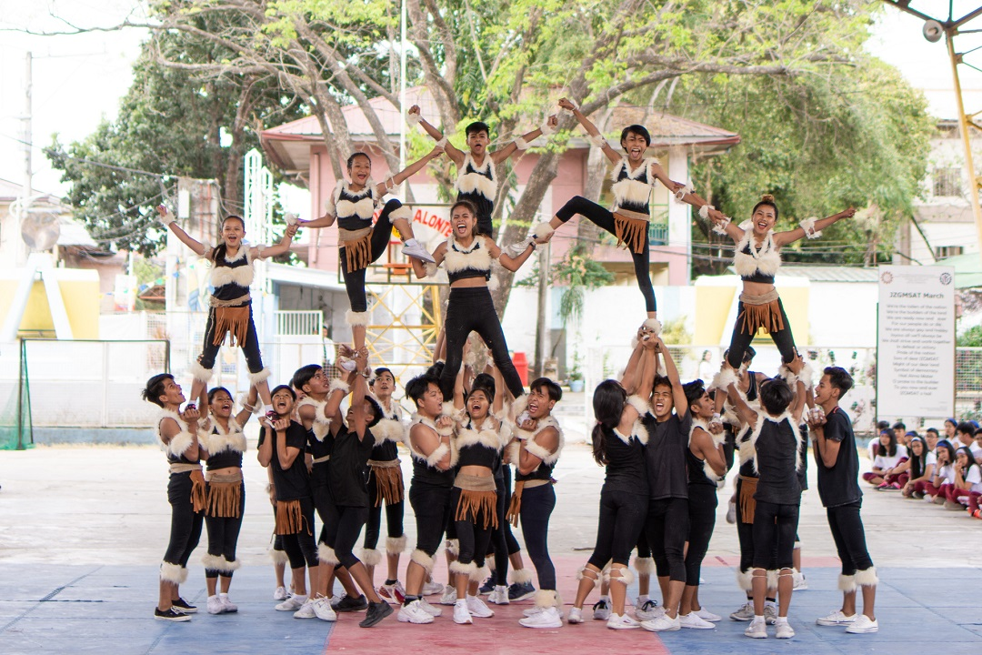 Nestlé Wellness Campus cheer performance